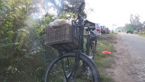 20151003 Callantsoog ongeval trekker met fiets.00_02_37_00.Still004